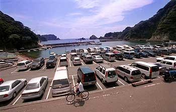 ヒリゾ浜混雑駐車場